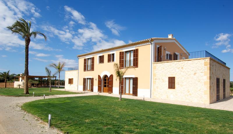 GS46294 Version2 - Property Cristina