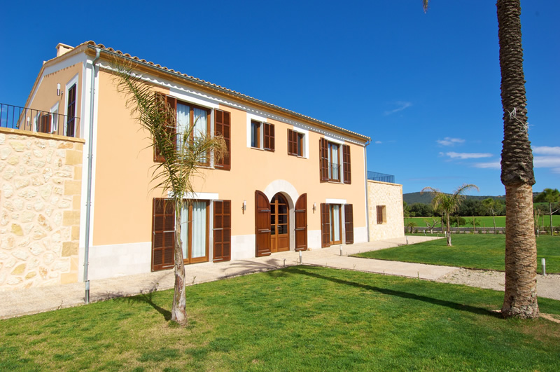 GS46339 Version2 - Property Cristina